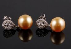 Hoa tai ngọc trai - sản phẩm ngọc trai bển của Ngoctraigiagoc.vn (P. 3)